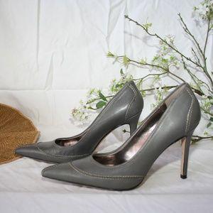 NWOT * Charles David Grey Leather Nervy Heels
